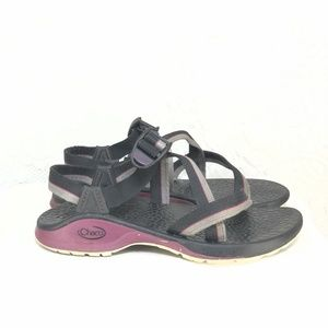 B54 CHACO Black Purple Ankle Strap Water Sandals 7